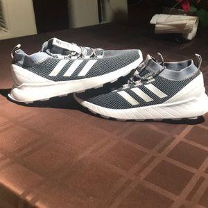 Addidas questar rise shoes